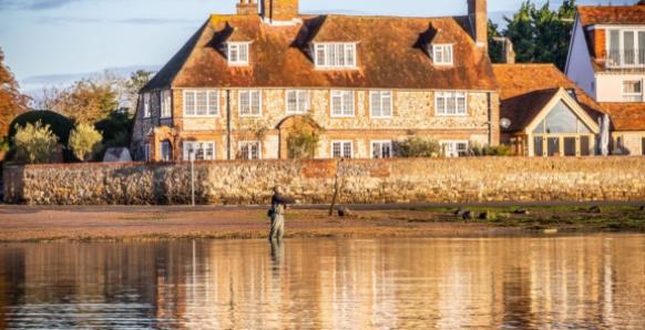 英国西萨塞克斯郡的海滨别墅要价不到500万英镑
