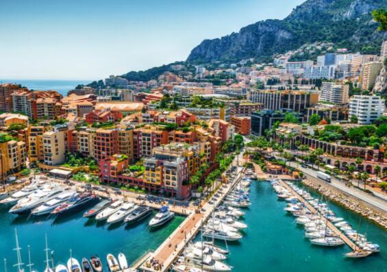 面向超级富豪购房者的世界顶级物业游乐场