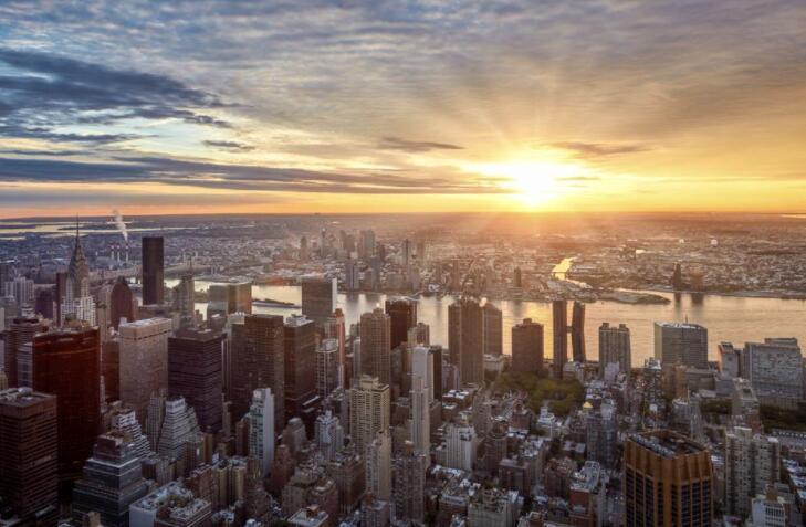随着曼哈顿房地产市场升温 斯蒂芬·克莱姆重返华宝