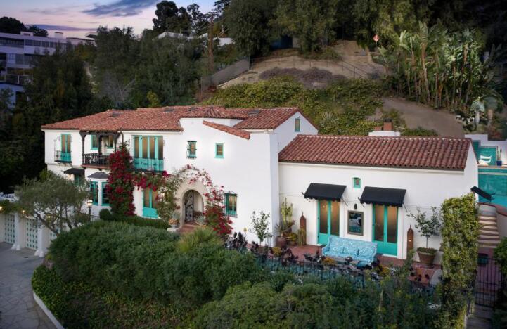 莱昂纳多迪卡普里奥购买了摩登家庭明星在洛杉矶的家