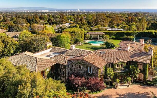 糖雷伦纳德的淘汰定制洛杉矶住宅以4650万美元出售