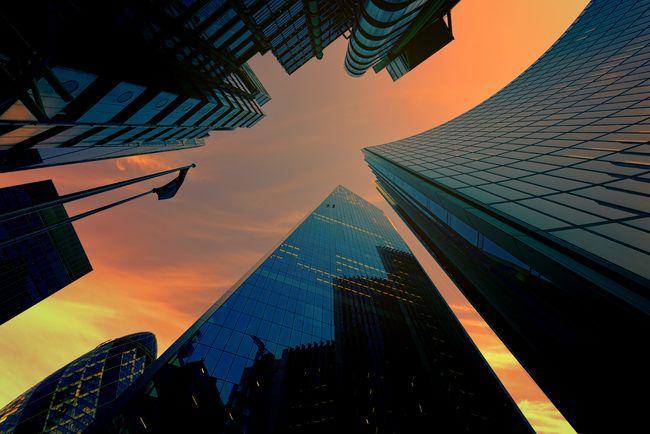 四个逆势交易可以承受房地产市场的剧烈波动