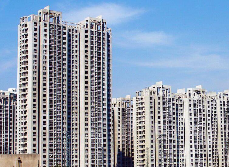 当前局势期间中心地带的竞争性住房市场