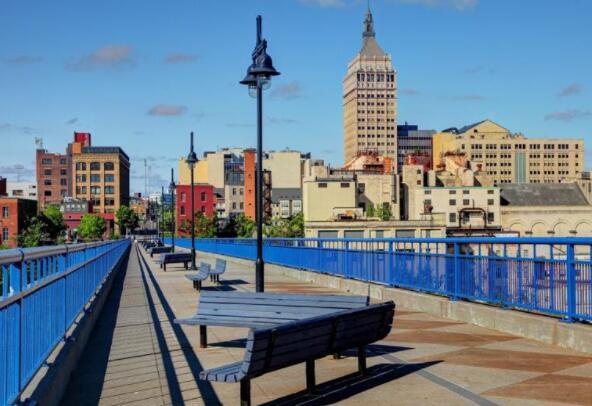 2021年房价涨幅最大的10个城市
